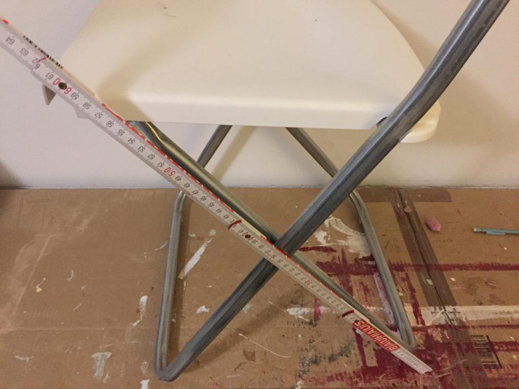 Beinlänge Klappstuhl ausmessen