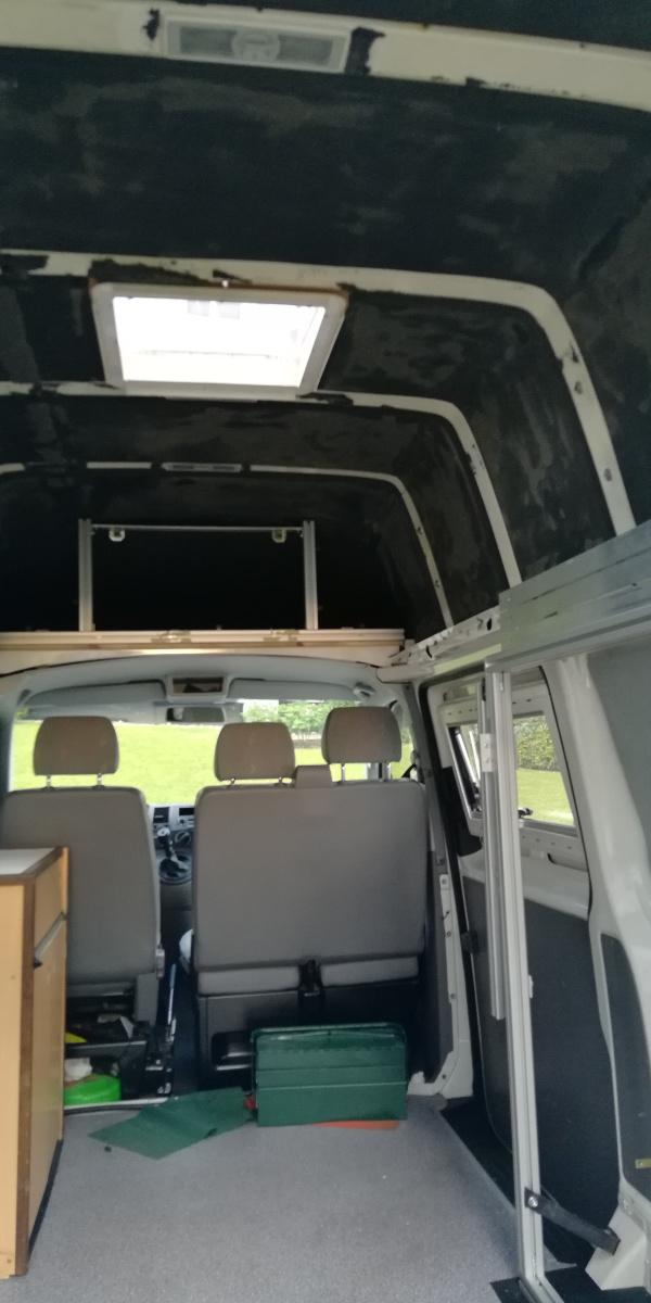 oskar der camper campervan ausbau eines vw t5 mit hochdach. Black Bedroom Furniture Sets. Home Design Ideas