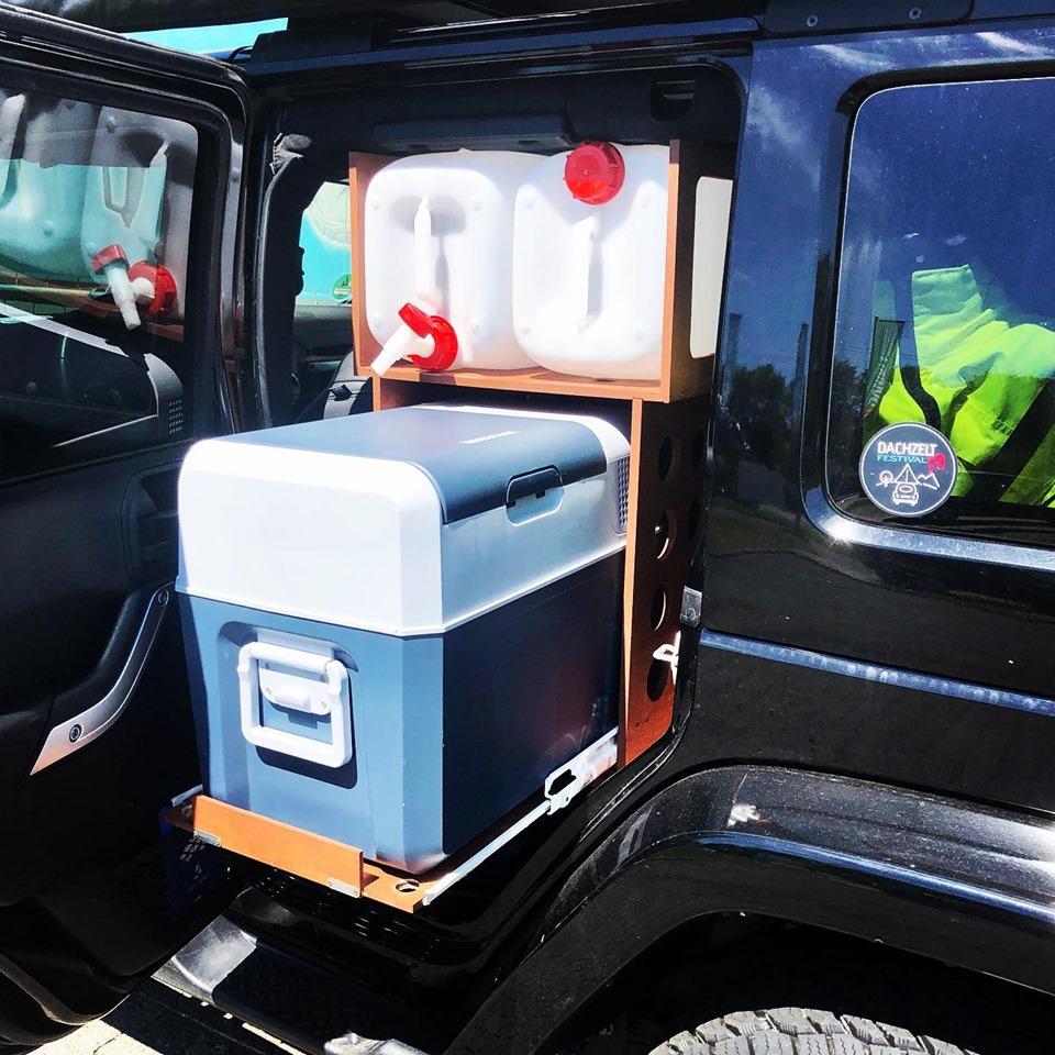 Kühlbox Auszug Jeep Wrangler Unlimited JK