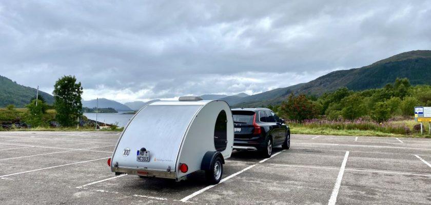 Mit dem Teardrop Wohnwagen in Schottland